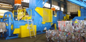 Recycling waste baler - bales